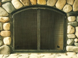 Classic Arched Top Fire Screen